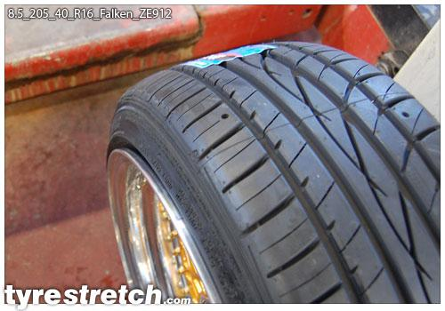 35 12 5 R17 >> Tyrestretch.com 8.5-205-40-R16 | 8.5-205-40-R16-Falken-ZE912